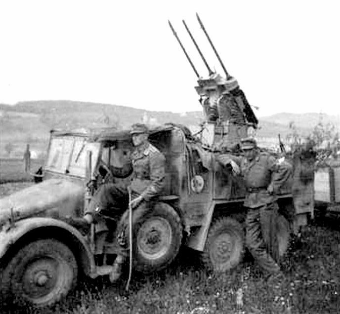 Dragon Kfz 70 6x4 Personnel Carrier (Krupp Protze)
