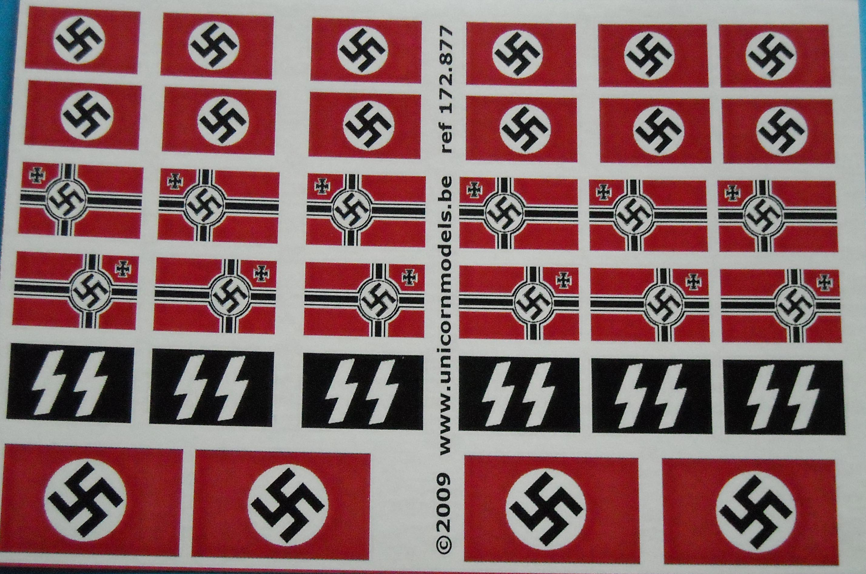 Unicorn German & Soviet Flags WW2